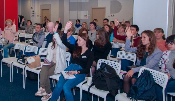 Врачи из регионов с поднятыми руками хотят задать вопросы